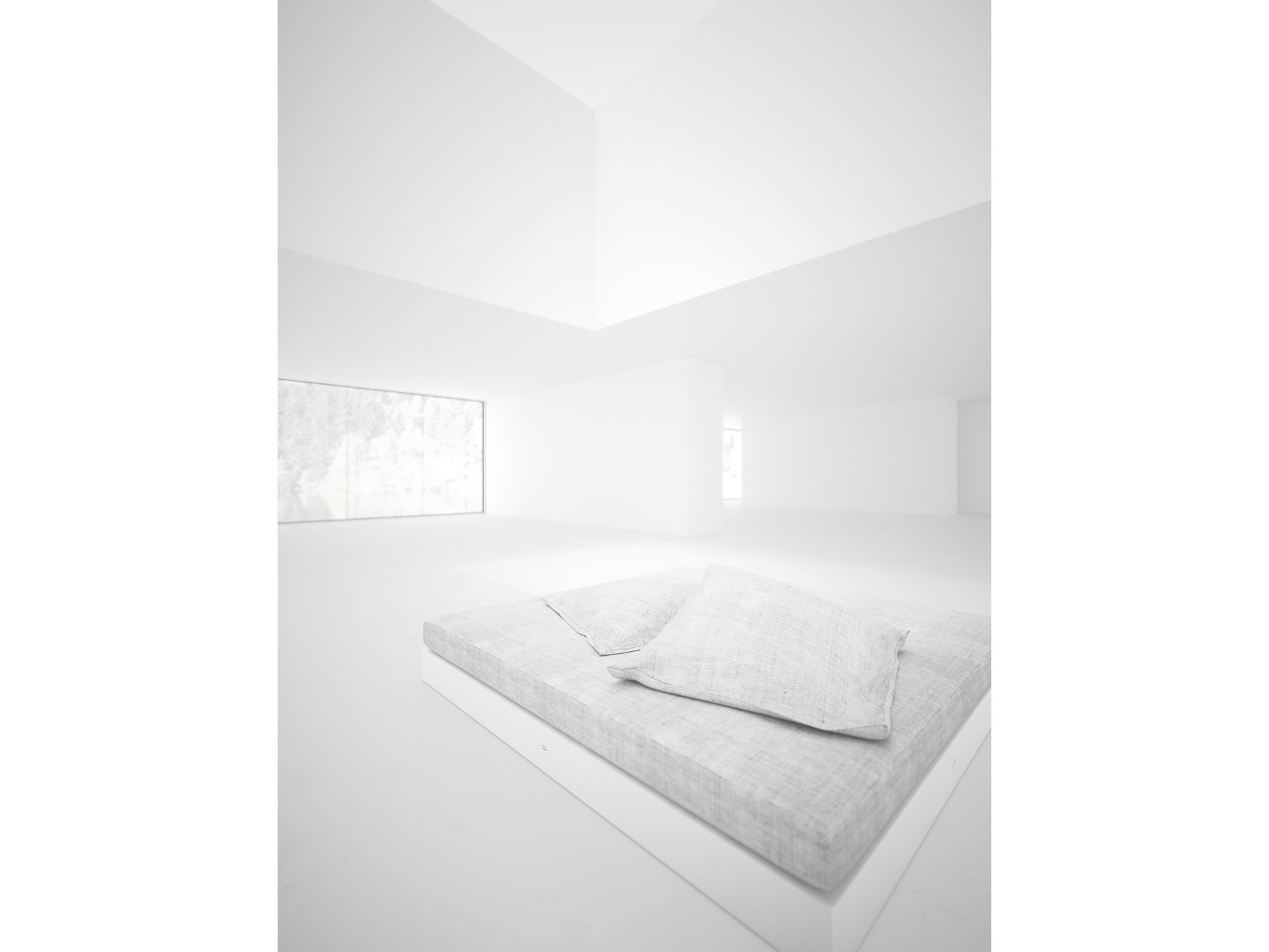 FELIX SCHWAKE BED IV Sublime White Boxspring Bed
