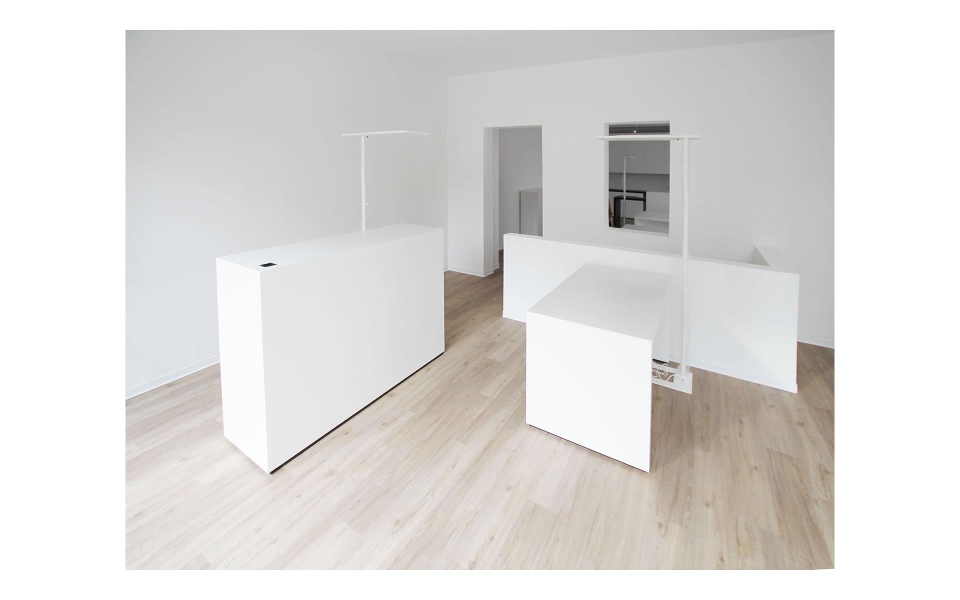 news felix schwake. Black Bedroom Furniture Sets. Home Design Ideas